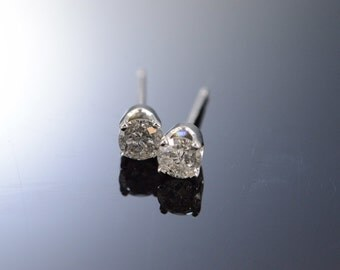 14K 0.50 Ctw I/I2 Diamond Stud Earrings White Gold