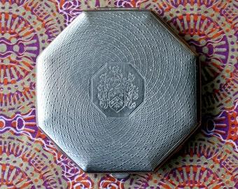 Vintage Dubarry Powdrette Silver Tone Octagonal Powder Compact