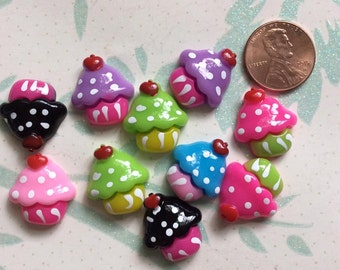 SET of 10 Bright and Colorful cabochons Cupcake Flatbacks