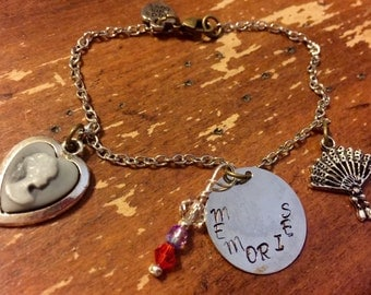 """Old fashioned """"Memories"""" bracelet with folding fan and cameo"""