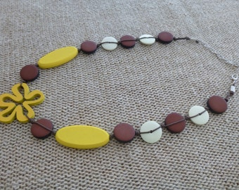 Yellow wood necklace, Flower necklace, HANDMADE necklace, Bright necklace