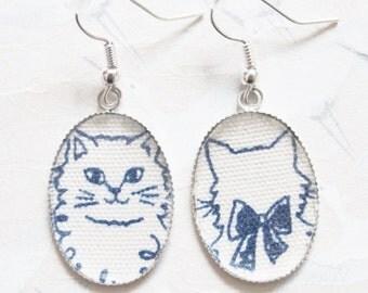 Cat earrings cabochon japanese fabric with blue cat , cat jewelry, asymmetrical earrings, kitten jewelery, gift for her, kitten earrings