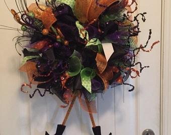 Halloween wreath, witch wreath, halloween mesh wreath, mesh witch wreath, black and purple mesh wreath
