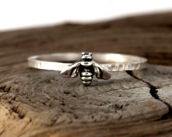 Bee ring. Tiny sterling silver ring, stacking ring, hammered band ring