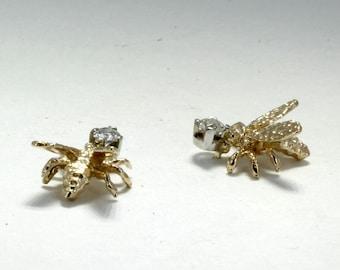 14kt gold Honey Bee Stud Earrings with diamonds, Unique wildlife diamond earrings for her, Honey earrings for her, Beekeeping gift,beekeeper