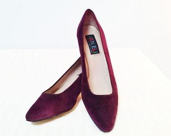 Vintage Purple Suede Van Eli Pump with Kitten Heel, 8 1/2 N, Shoes, Women's Shoes, Pumps
