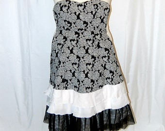 L dress, strapless, black, white, restyled, eco clothing, romantic, cottage chic, altered, refashioned, upcycled, boho, hippie, women's, jr