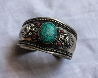 Turquoise Nepali Bracelet - Spiritual - Boho - Gypsy - Ethnic - Antique - Travel - Festival