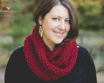 Red Infinity Scarf, Chunky Knit Cowl, Women's Fashion, Knitted Loop, Crochet Wrap, Valentine's Day Stole, Neck Warmer, Warm Shawl, Muffler