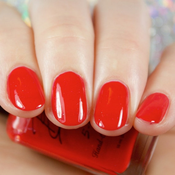 Classy Lady Classic Red Nail Polish With Micro Glitters
