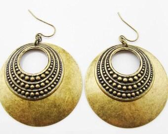 Vintage large round brass earrings - Vintage earrings - Vintage jewelry