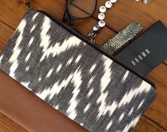 Clutch, Ikat clutch, Leather clutch, Leather pouch, Zipper clutch, Wallet, Pouch, Travel pouch, Tech bag, Purse, Handbag, Ikat fabric,Tribal