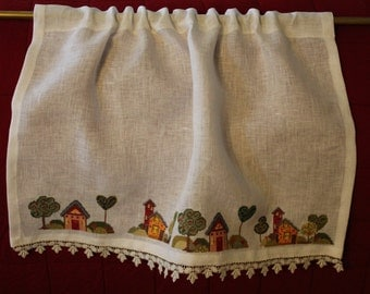 Curtain embroidered on linen