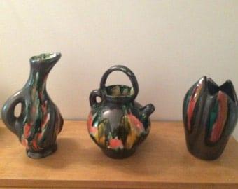 Trio of vases style lava