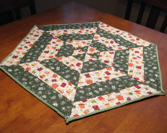 Hexagon  Shaped Table Topper