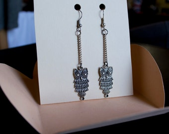 Earrings chains with owls