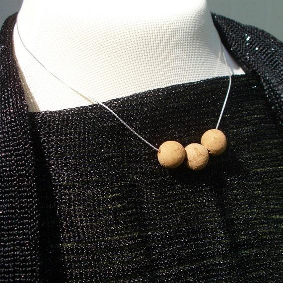 Cork Beads: Cardona Silver Chain With 3 Cork Beads