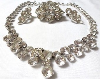 EISENBERG beautiful VINTAGE clear RHINESTONE 3 piece parure sest