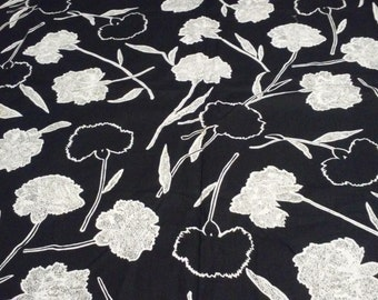 CARNATIONS FABRIC, 1.5 yd, Big bold print, Black & white, The Manes Organization, Vintage