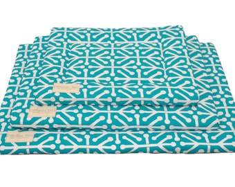 Retro Blue Crate Mat | Dog Crate Pad | Crate Bed | Water Resistant | Portable Bed | Dog Mat | Machine Washable | Dog Crate Mat | S, M, L, XL