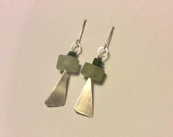 Long earrings handmade sterling silver modern design with pale green pernhite natural gemstone