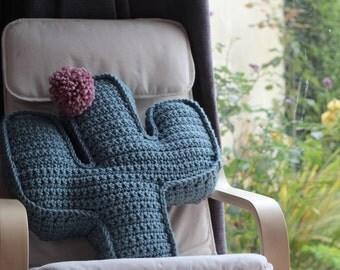 Cactus - crochet cushion - cactus cushion - cactus crochet cushion