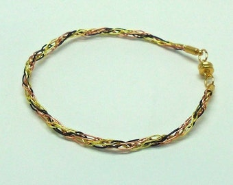 Tricolor colored wire kumihimo bracelet with magnet clasp
