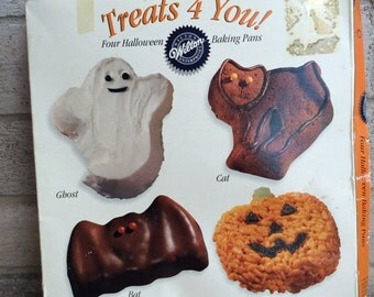 Wilton Halloween Treats 4 You, Wilton Halloween Baking Pan Set