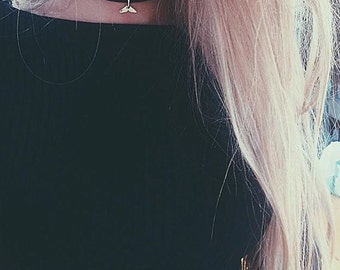 Choker charm - ras-du-neck collar - whale tail black short necklace - jewelry by force - minimalist necklace