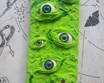 Clearance! Creepy Eyeballs iphone 5/5s Iphone case
