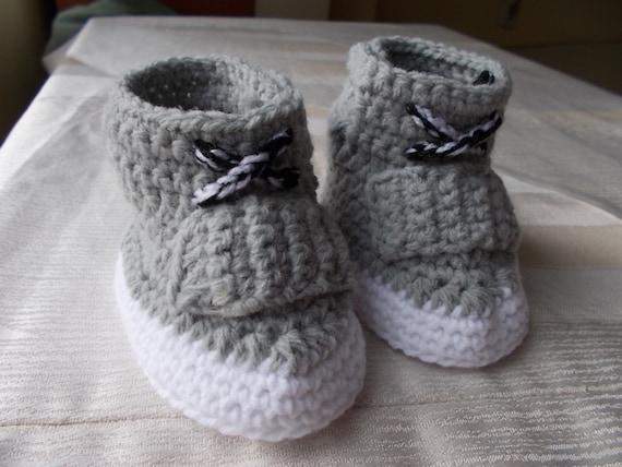 ... Crochet, crochet baby boots, Yeezy 750 Boost, Crochet Baby Booties