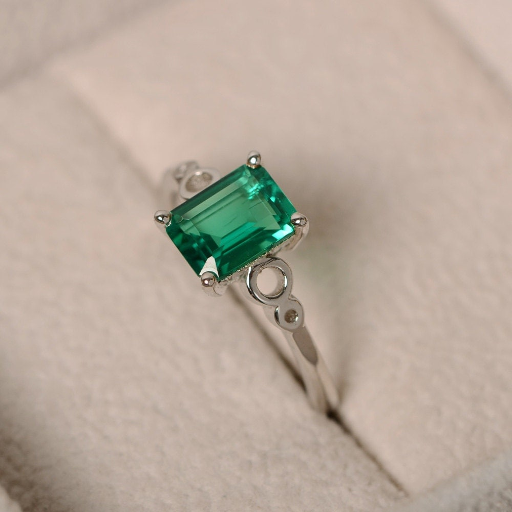 emerald ring solitaire ring green gemstone emerald promise. Black Bedroom Furniture Sets. Home Design Ideas