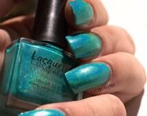 Tur Quasi Groen - linear holo aqua blue green nail polish