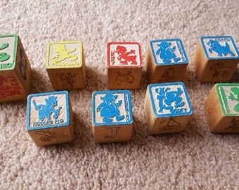 Vintage wooden Disney blocks - 8 small, one large