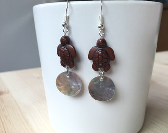 Beaded Earrings - Turtle with mother-of-pearl