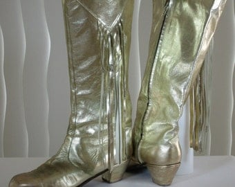 Flamenco gold leather boots. Size 10. Spanish campero style cowboy vintage hand crafted lightly used Lernesse Arts, Miami, 1985