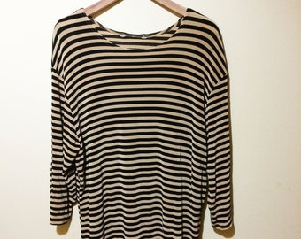 Long Sleeve 90's stretch fabric tee M/L