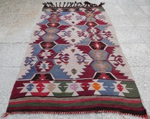 articles populaires correspondant tapis kilim pastel sur etsy. Black Bedroom Furniture Sets. Home Design Ideas