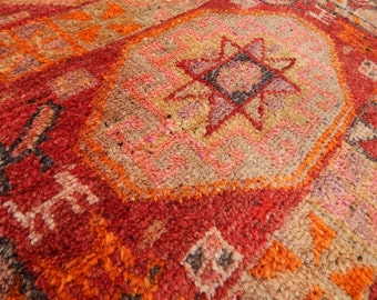 2'10''X3'5'' / 86x104cm Pale Pink and Faded Orange Colored Caucasian Pattern Small Square Rug, Vintage Handwoven Interesting Design Carpet