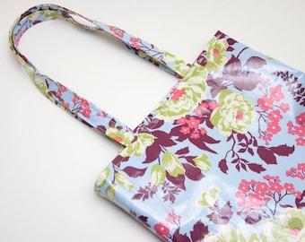 Pattern: Sewn oilcloth shopper bag