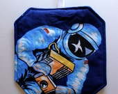Space Pot Holder, NASA Astronaut, Modern Kitchen Decor, Quilted Pot Holders, Hostess Gift, Kitchen Accessories