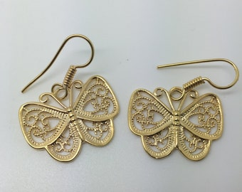 gold plated dangle earrings,butterfly earrings,dangle butterfly earrings,gold butterfly earrings,gold p;ated jewelry,boho earrings,boho chic