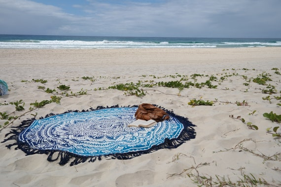 Beautiful round beach throw