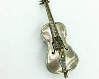 Detailed 3 dimensional sterling silver cello brooch. Hecho en Mexico hd. 925