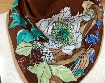 Vintage Vera scarf, brown with floral print.