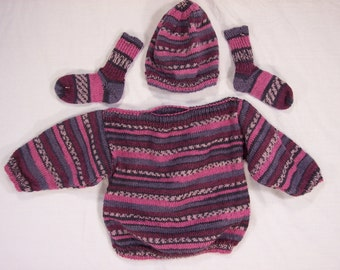 Sweater set for Baby to 6 months hand knitted