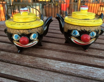 Vintage Americana Teapot Clown Salt and Pepper Shakers, Gift, Décor