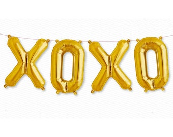 "XOXO gold foil mylar balloon kit 16"". Gold love balloons. Bridal shower balloons. XOXO balloon garland. Wedding and bachelorette balloons."