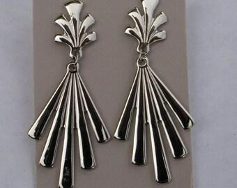 1990 Avon Fan Dangle Earrings NIB