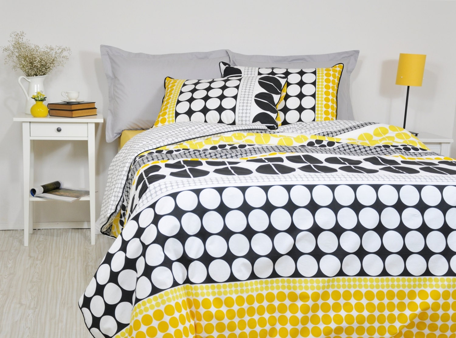 Black And Yellow Comforter Queen: Geometric Bedding Set In Full Queen King Cal King Black